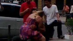 Coroa gordinha fazendo sexo na rua