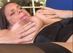 Uma hora de sexo com coroas gostosas