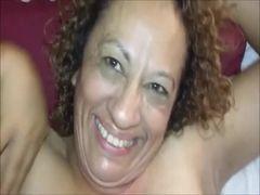 Video caseiro de coroa xerecuda fazendo anal