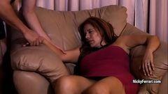 A sogra gostosa tava dormindo e deu mole