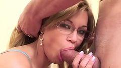 Professora de boquete mamando gostoso