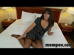 Video de velha safada no motel dando a bunda