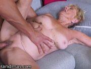 Videos porno velha de 70 anos dando a buceta