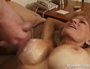 Xxx velha peituda dando pro amante no motel