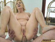 Sexo anal massagista comendo o cu da coroa